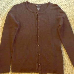RARELY WORN, brown NY & Co sweater in size medium